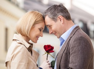 Benefits of dating older men